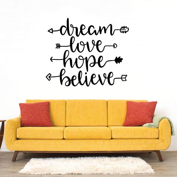 Nalepka Dreamhopebelievelove